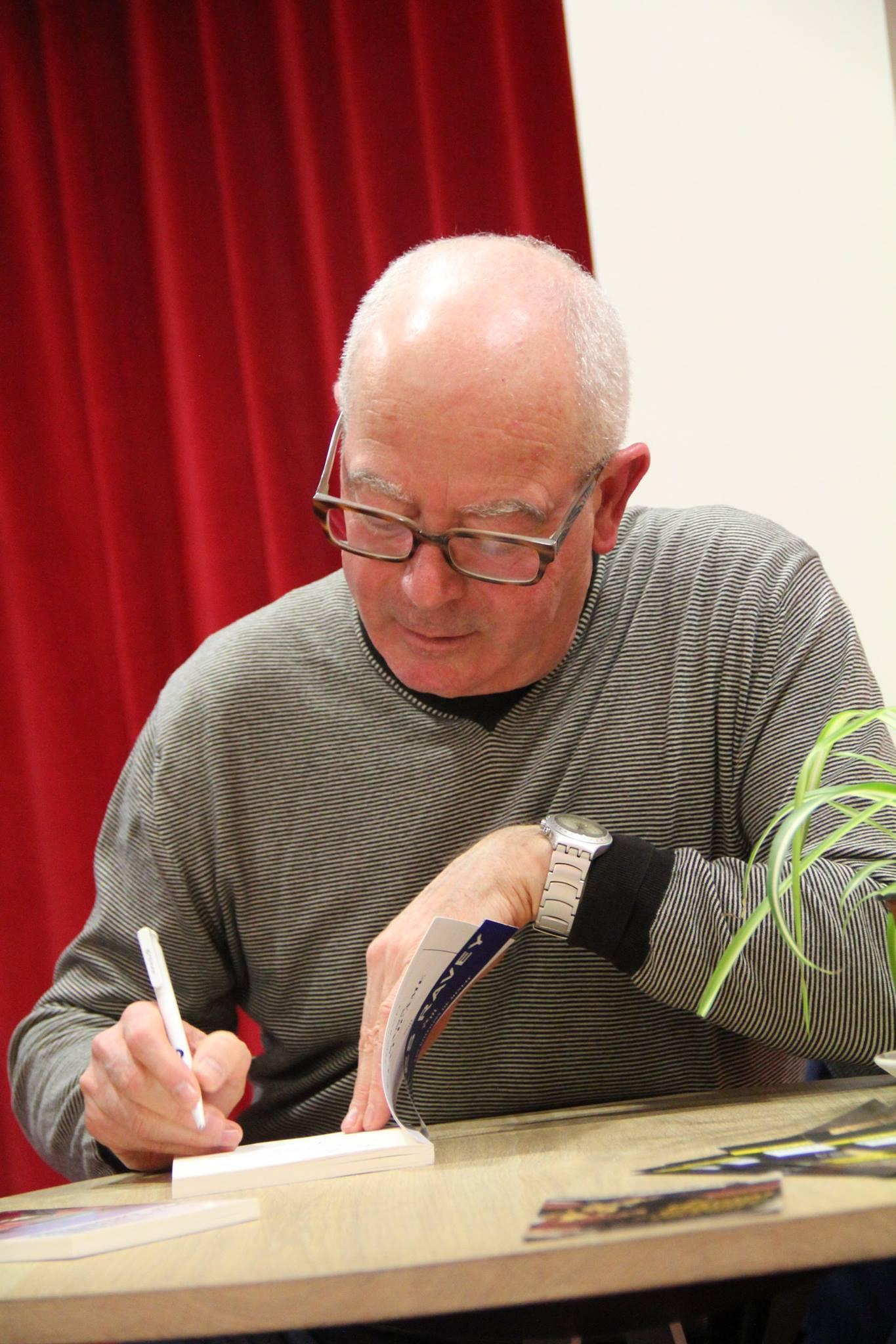 Yves Ravey dedicace