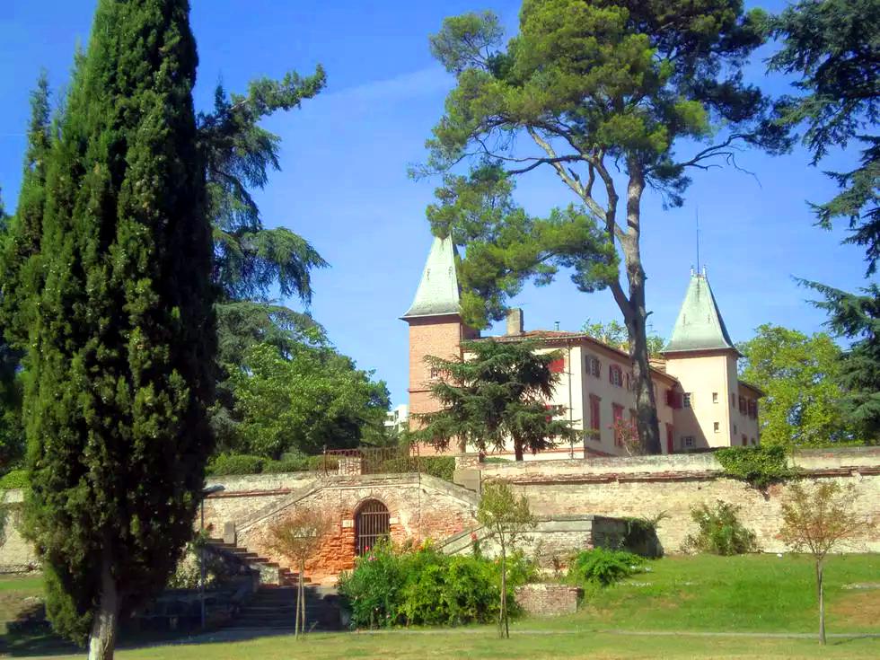 chateau-du-mirail